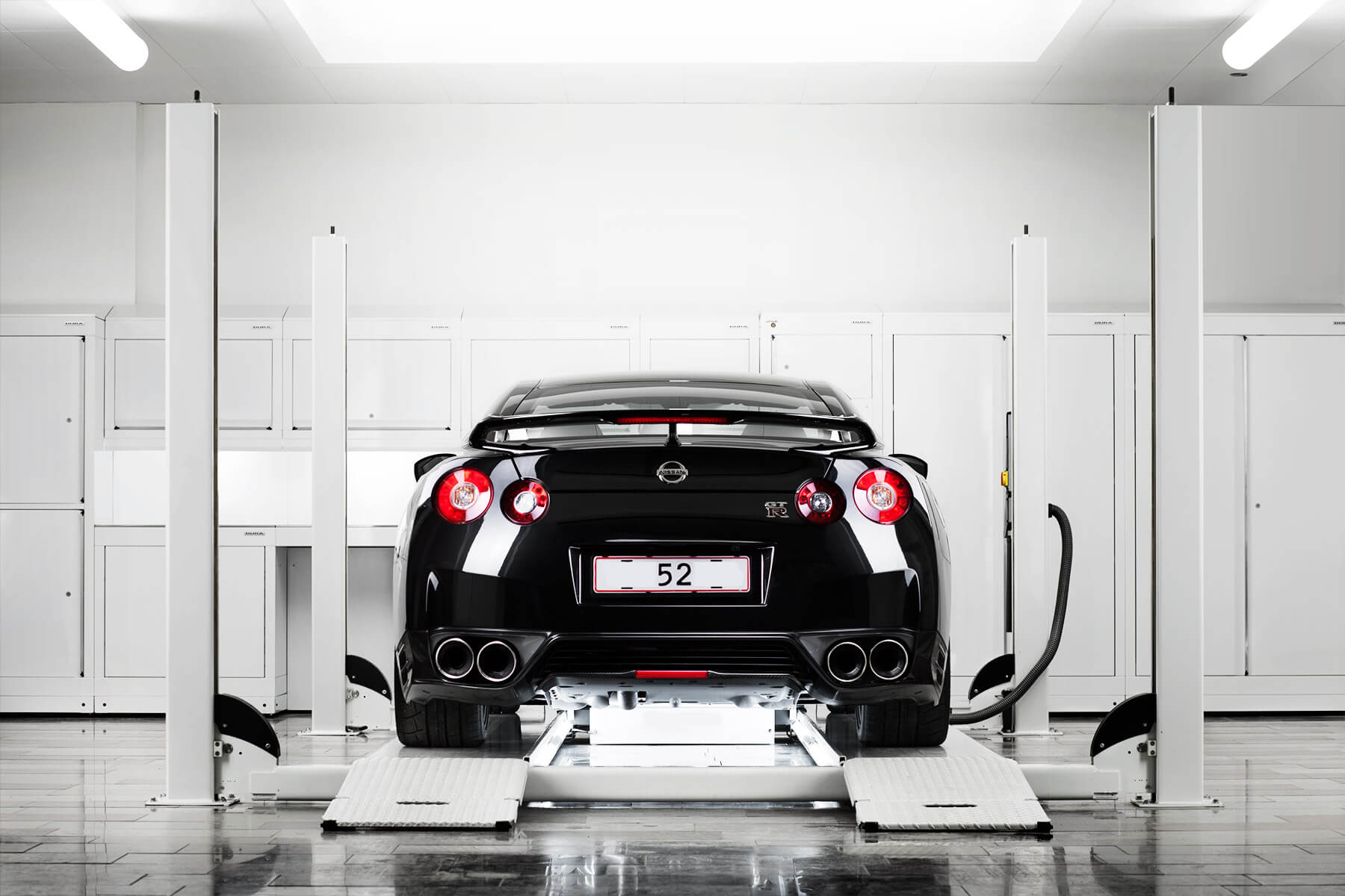 Black Nissan GTR workshop