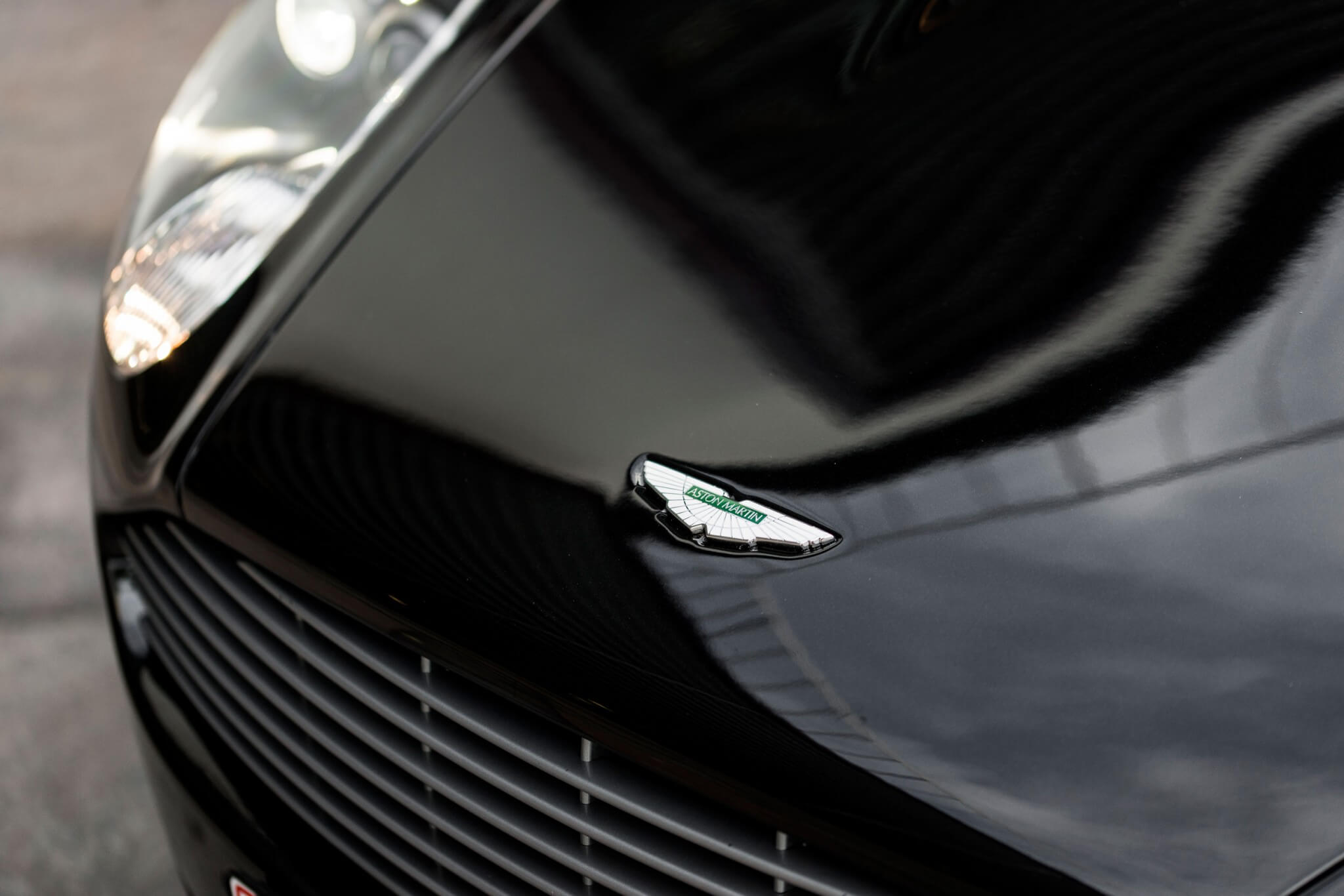 Black Aston Martin DB9