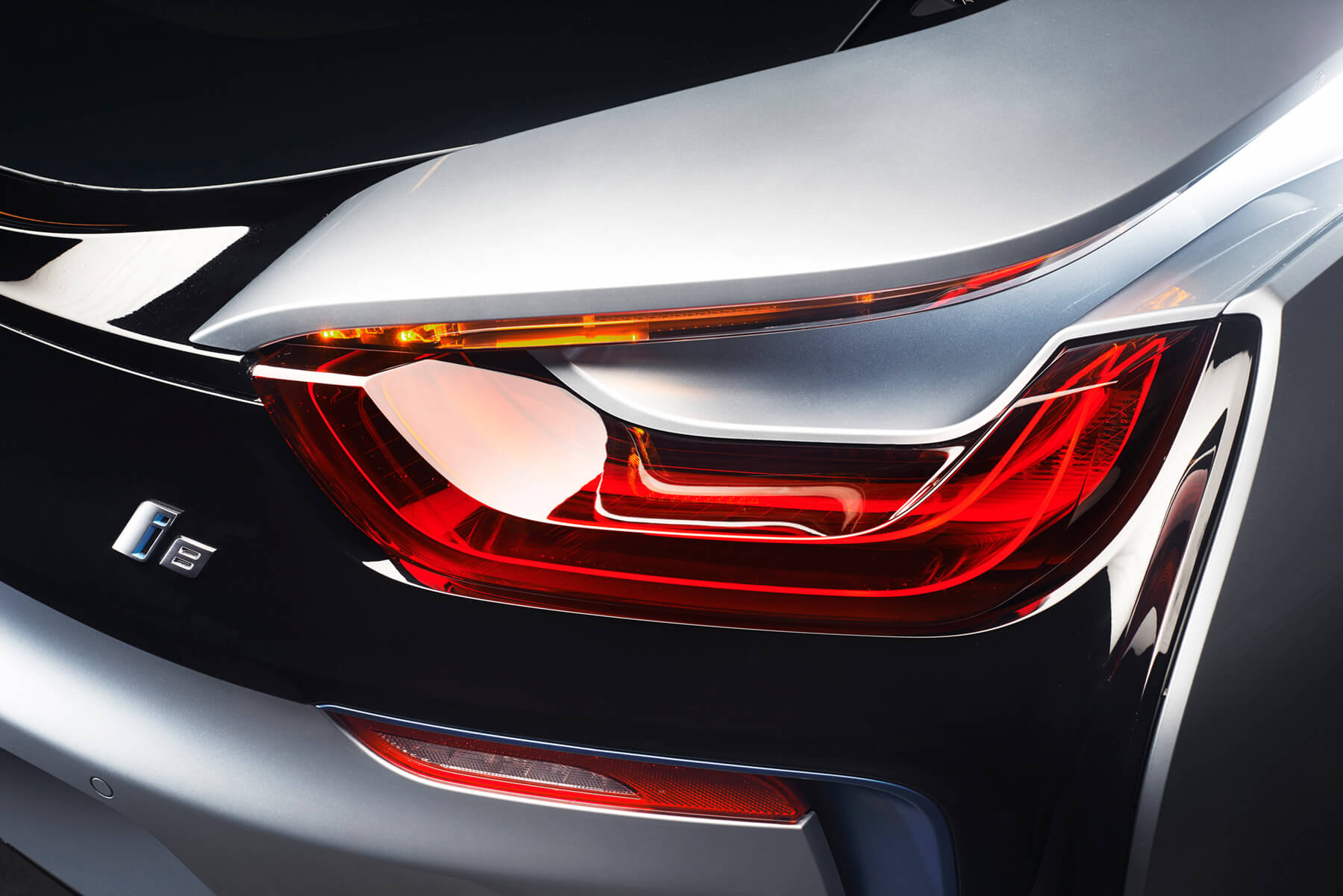 BMW i8 rear lights