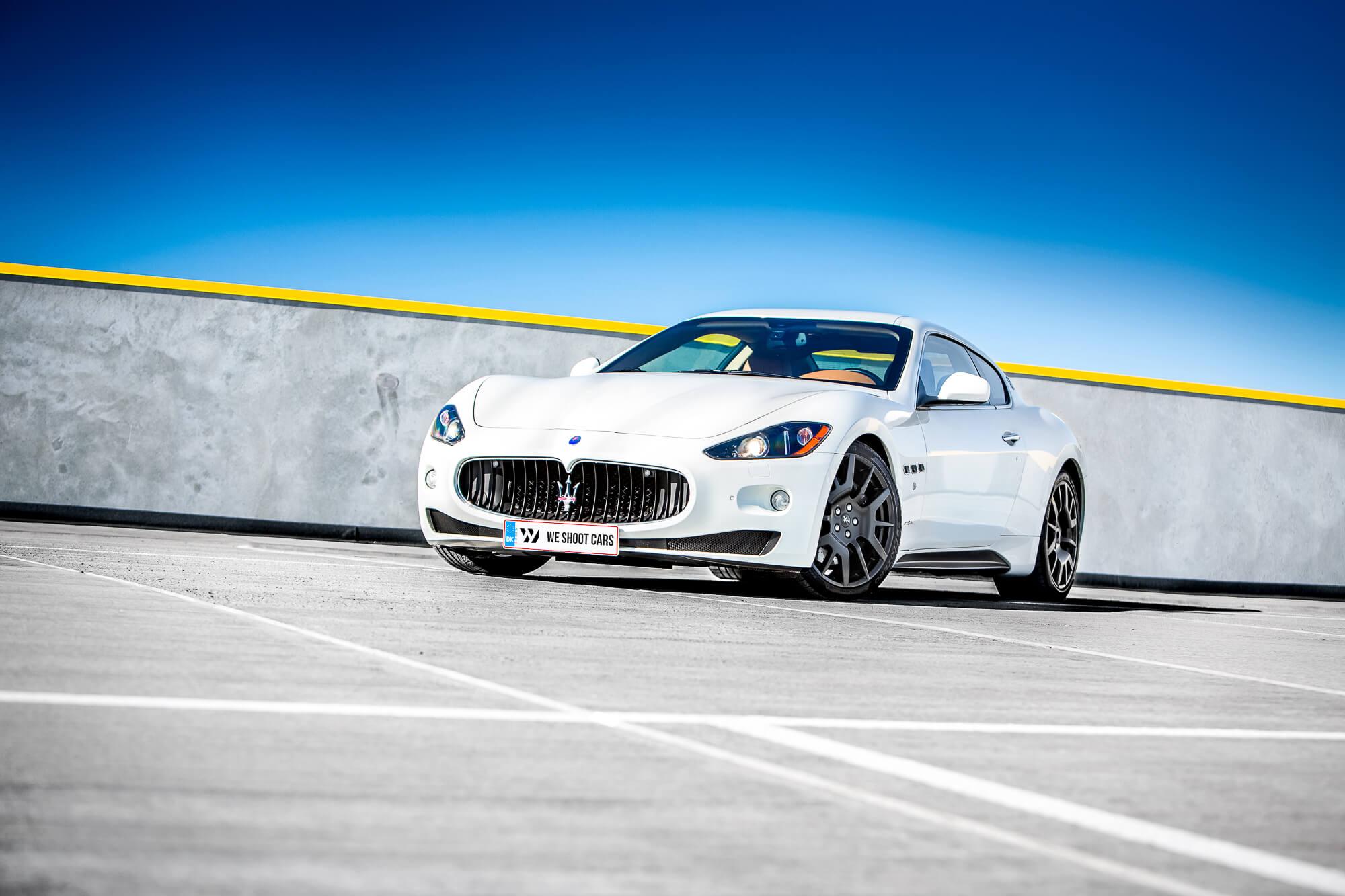 White Maserati GranTurismo S front